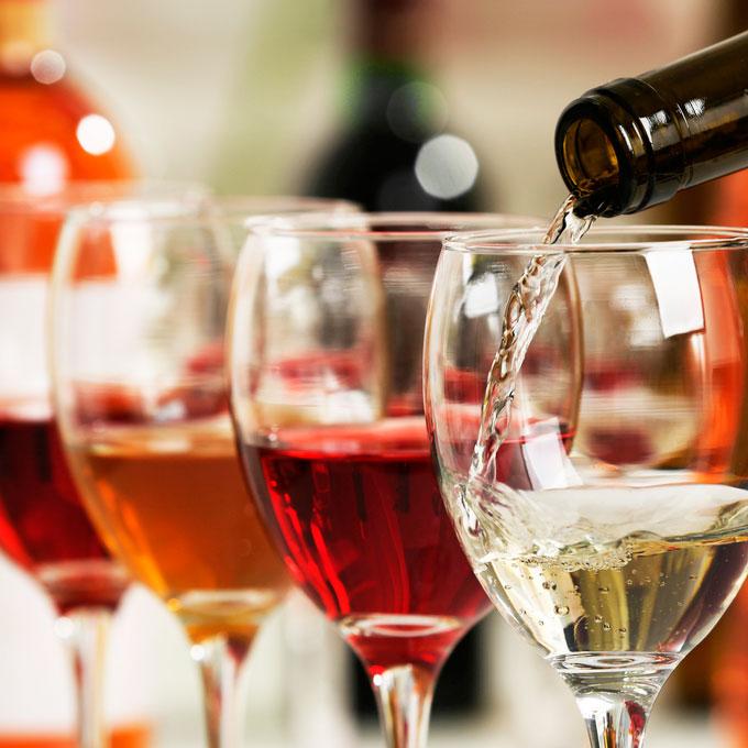 El mejor vino para acompañar mariscos en su restaurante