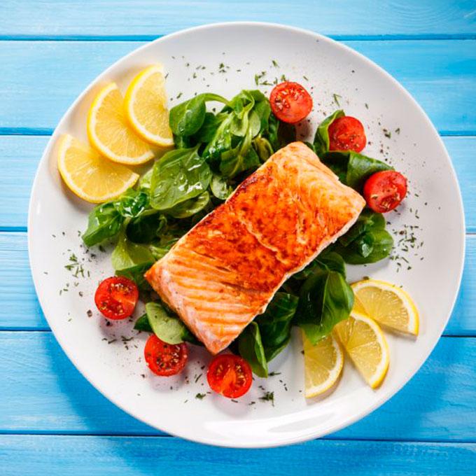 Cómo preparar pinchos de salmón ahumado