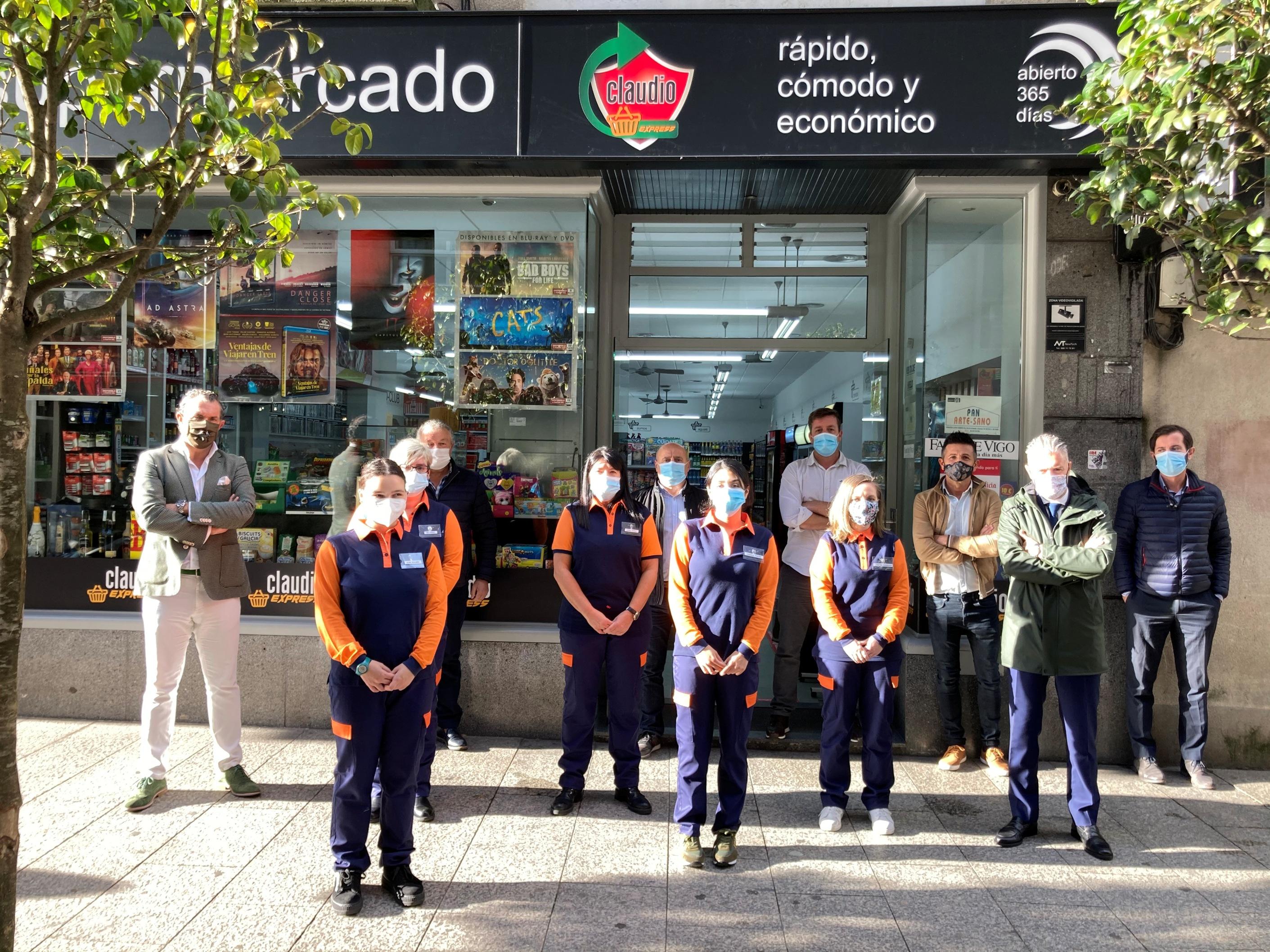 CONTINUAMOS DESARROLLANDO LA RED DE FRANQUICIAS CON UN NUEVO CLAUDIO EXPRESS EN VIGO