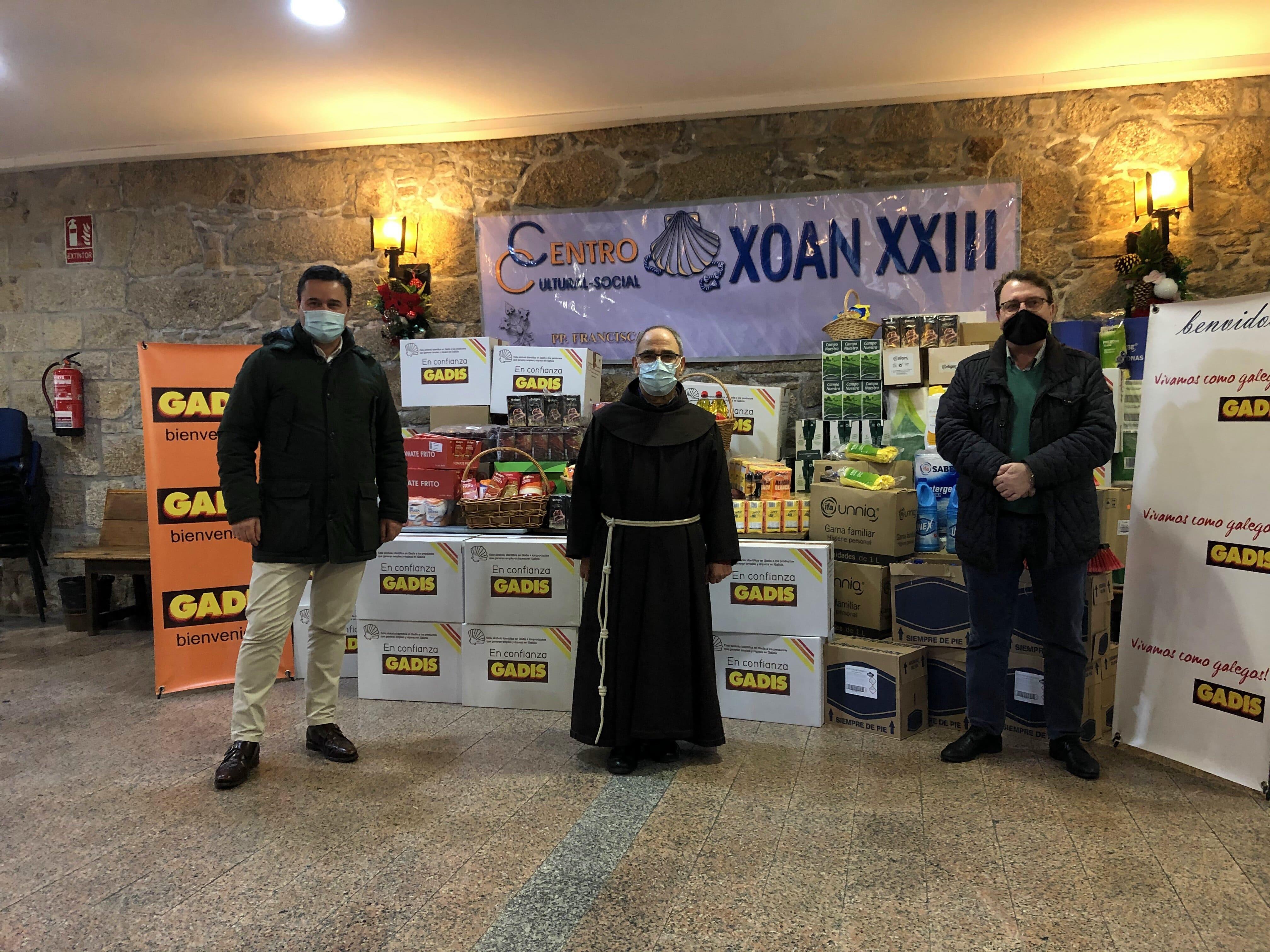 DONAMOS 850 KG DE PRODUCTOS AL ALBERGUE XOÁN XXIII